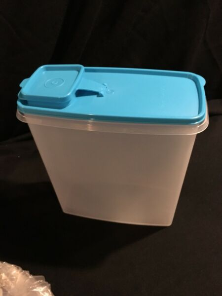 Tupperware Super Cereal Storer 20 cups blue seal