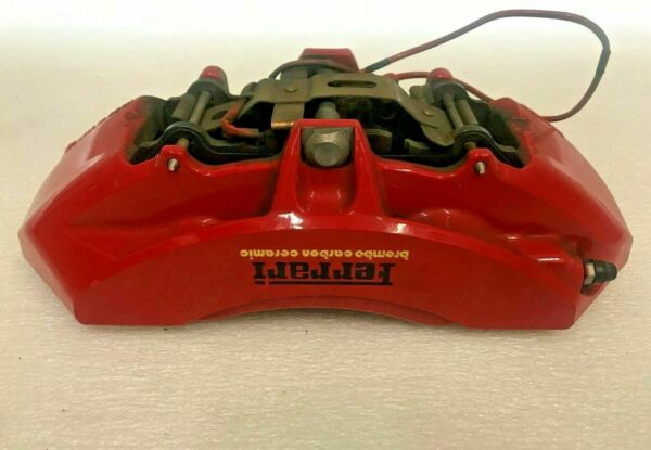 FERRARI 458 ITALIA SPIDER PASSENGER RIGHT BRAKE CALIPER WITH PADS RED OEM 261771