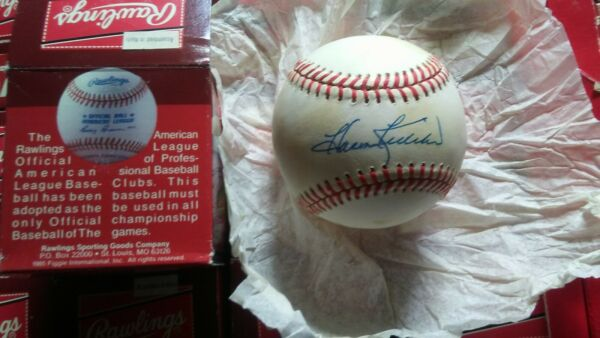1 MLB Baseball  Harmon Killebrew Signed  1 Bobby Brown RO-A  NEW IN BOX TONED