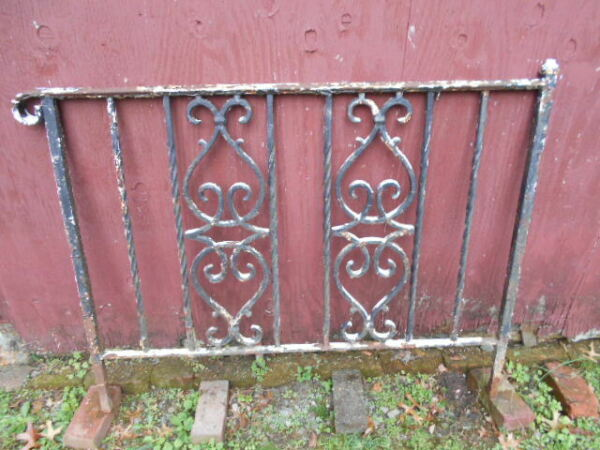 Vintage Antique Single Section Heavy Duty Wrought Iron RailingPICKUP ONLY!