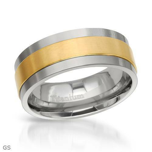 Dazzling Brand New Gentlemens Band Ring Crafted in Titanium- Size 9