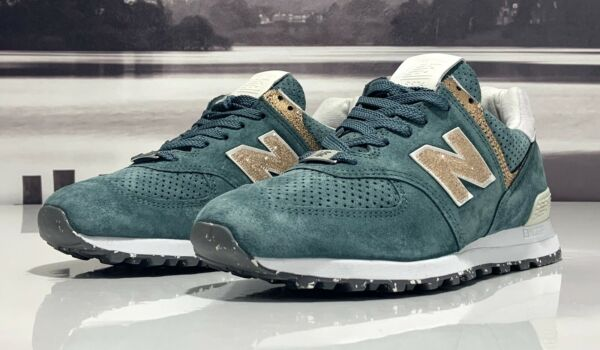 Limited New Balance 574 x Swarovski Crystals Mens Shoes Green US574MMC Size 8.5