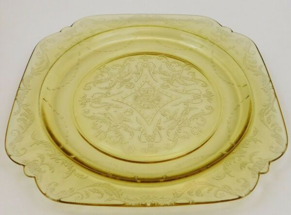Federal Amber Yellow Depression Glass Madrid Square Dinner Plate Vintage