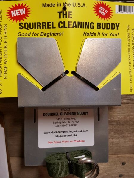 Squirrel Cleaning Buddy