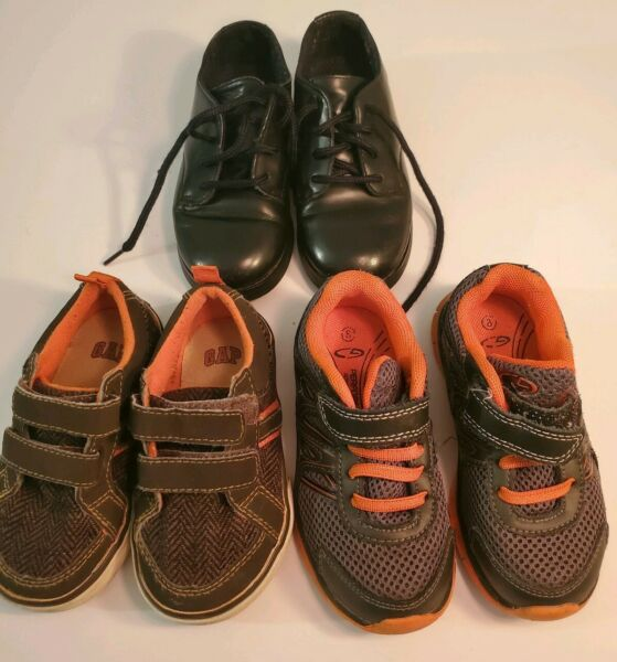 Kids Shoes Size 8 Lot Of 3. Baby Gap Champion Stride Rite 3 pares de Zapatos $25.49