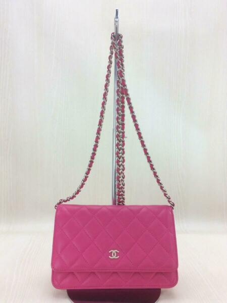 Auth CHANEL Chain Shoulder Bag Purse Wallet Sheep Leather Pink used from Japan