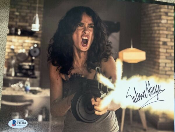 Beckett certified Salma Hayek signed photo Autograph