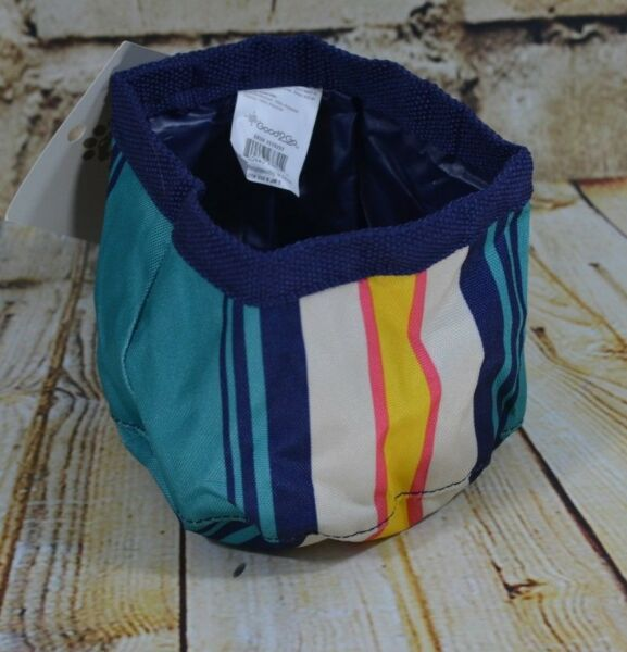Travel Dog Bowl 6.25 cups Water Repellent Wear Resistant Fabric Striped $8.99