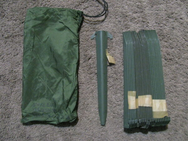 Military Tent Stake Bag Nylon Green with 24 OD Tent Stakes New