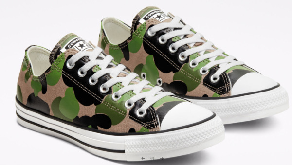 CONVERSE Mens Military Camo Chuck Taylor All Star camouflage Army green sneakers