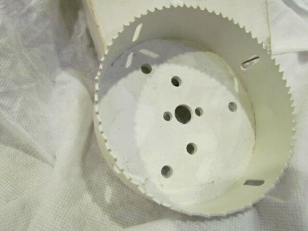 Hole saw 5-inch industrial quality bimetal NEW Vermont American. USA