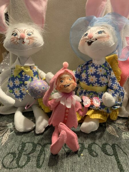 """18"""" Set Girl Boy Annalee Country Bunnies Rabbits 2010 75th Plus Extra Bunny (3)"""