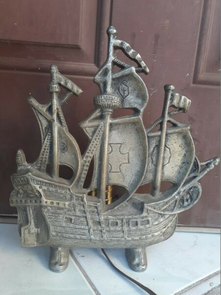 VTG Ship Cast Fireplace Sailing ship Pirate TV Lamp
