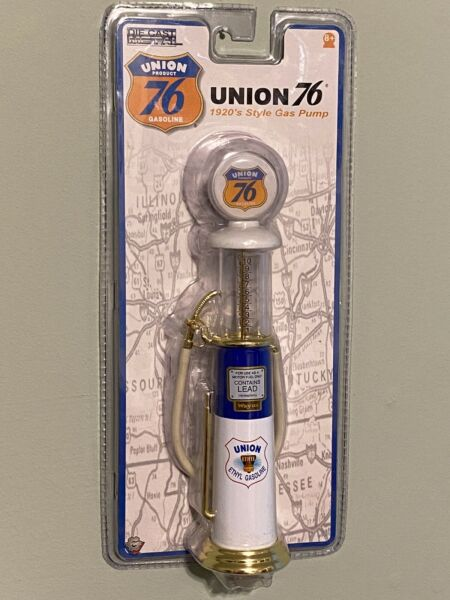 Gearbox Toys. Die Cast Metal 1920#x27;s UNION 76 Gas Pump. New In Package $10.99