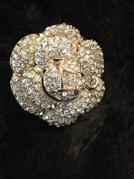 St.John Ring size 7 Flower Cocktail Ring Crystals Signed Gold Tone