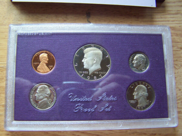 1987 United States Mint Proof Set  Original packaging box with COA