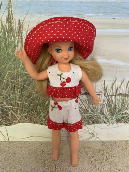 """Handmade Summer Outfit Clothes Shorts Fits Vintage 6"""" Barbie Sister Tutti Doll"""