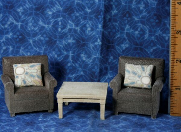 LOT Miniature Dollhouse Living Room FURNITURE Resin 1:16 or 1:18 Arm Chairs * $12.99