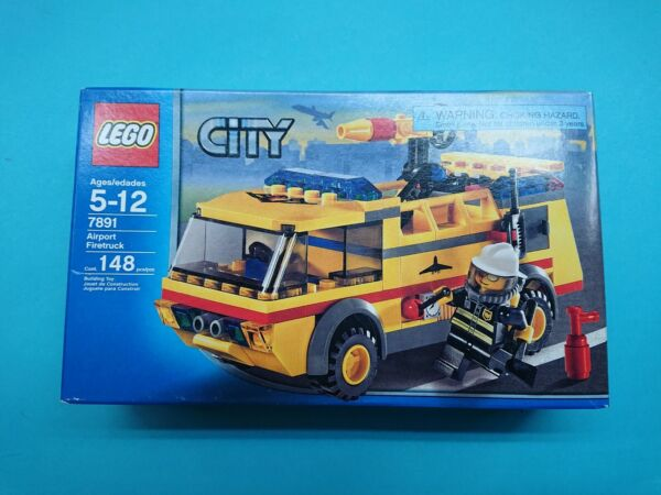 Lego Town City Fire Set 7891 Airport Firetruck New Complete Sealed