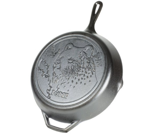 Lodge Wildlife Series 12quot; Cast Iron Skillet w Bear Scene L10SKWLBR
