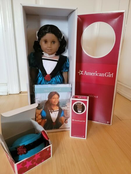 American girl Cecile mini Cecile and accessory