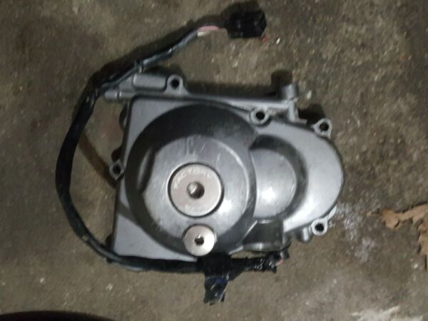 2006 06 09 Yamaha Yz450f Stator cover only $70.00