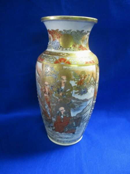 ANTIQUE LG SATSUMA KUTANI JAPANESE VASE 16