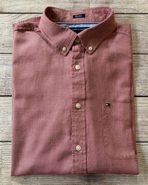 Tommy Hilfiger Long Sleeve Button Down Shirt Men#x27;s Size L $15.99