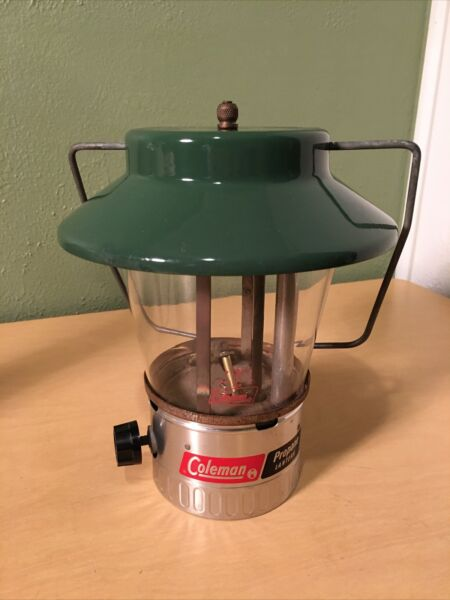 Vintage Coleman Single Mantle Lantern 1975 USA Made 5107 Propane Original Globe