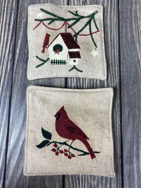 Set Of 2 Birdhouse Bird Burlap Squares Green Red Star Christmas Thin Bean Bags