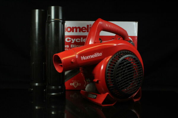 Homelite UT09526 150 mph 400 CFM 2 Cycle Handheld Gas Blower