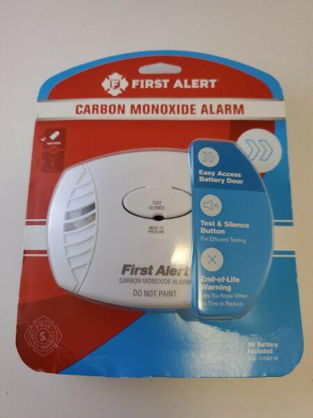 New First Alert Carbon Monoxide Alarm CO400 3 Battery Operated 9V Included $14.95