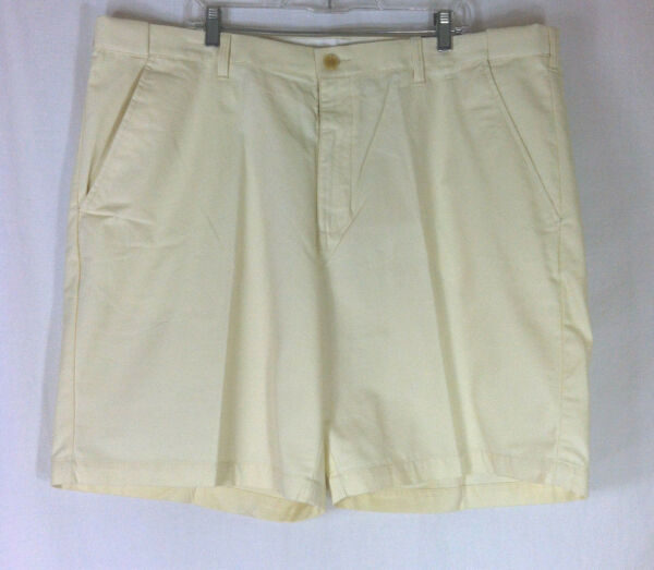NWT Croft amp; Barrow Easy Care Cloud Cream Flat Front Shorts Men Bottom Sz.44