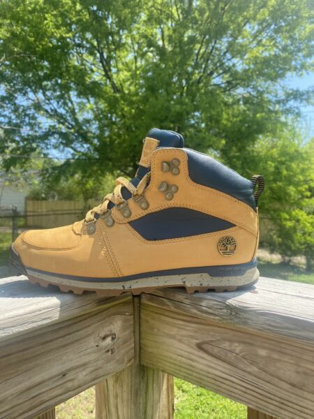 Men#x27;s Size 8.5 Timberland Hiking Boots $50.00