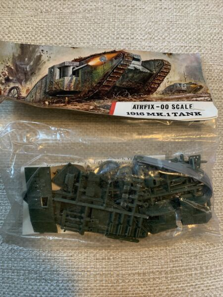 VINTAGE AIRFIX 00 SCALE 1916 MK.1 TANK MODEL KIT MINT IN PACKAGE A15V $9.95