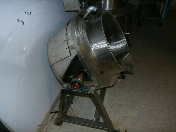 Electric Melting Kettle Caramel Hard Candy cooker Large Self tilting pour out $2500.00
