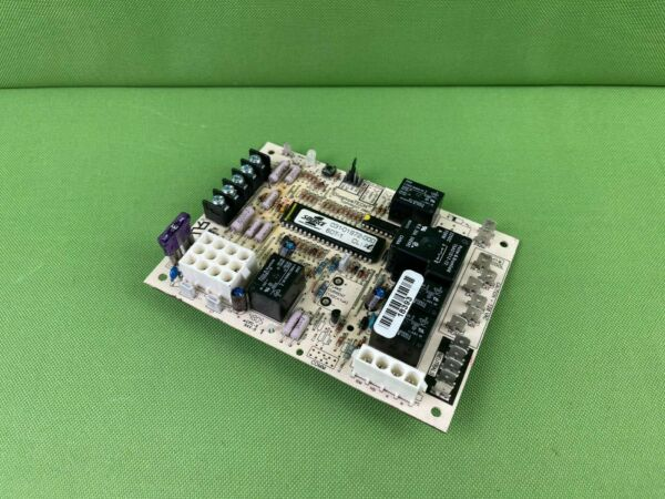 031 01972 000 York Luxaire Coleman Furnace Control Circuit Board $43.95