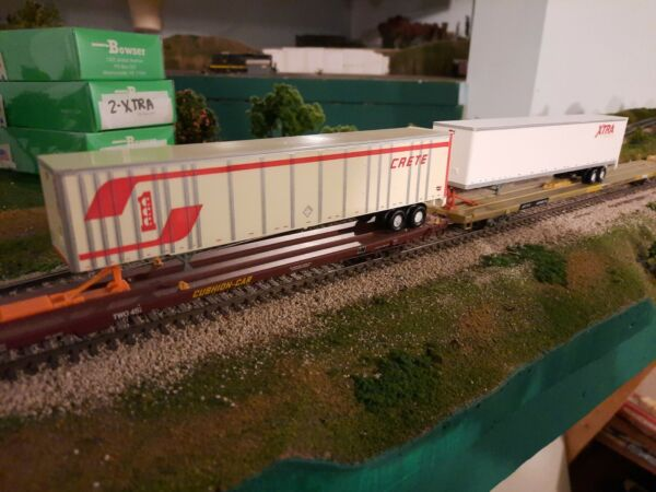 2 Bowser HO Scale 53#x27; Crete Xtra Plate Wall Highway Trailer 2 Pack $19.95