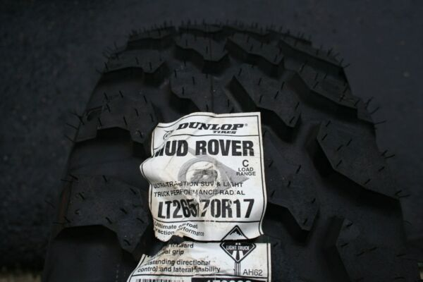 One Brand New LT 265 70 17 Dunlop Mud Rover Tire 6 PLY *SHIPPING DISCOUNT*