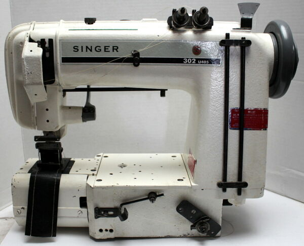 SINGER 302W101 Chainstitch 4-Needle Cylinder Bed Industrial Sewing Machine 220V