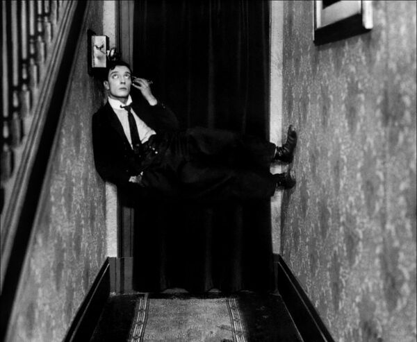Buster Keaton UNSIGNED photo B3098 The Electric House