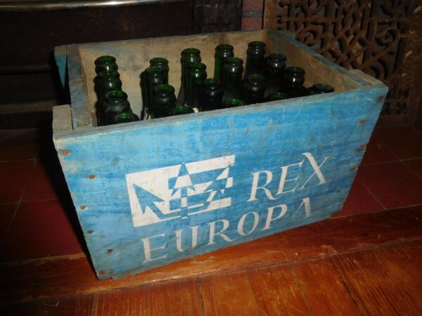 ANTIQUE  WOOD CRATE of REX EUROPA BEER BOTTLES VINTAGE ADVERTISING BAR DISPLAY