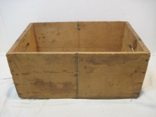 OLD WOOD-WOODEN  PRODUCE CRATE BOX UNKNOWN NO NAME