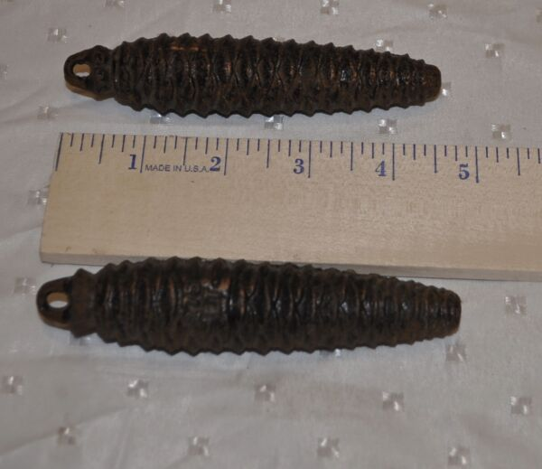 VINTAGE LOT 2 BLACK FOREST PINECONE COO COO CLOCK WEIGHTS 275 ET PARTS  4 12
