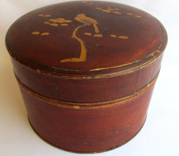 Round wood box Hand painted pantry-type lacquered wood container