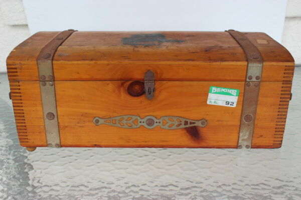 Vintage 1930's Small Wooden Chest Box Primitive Rustic Hinged Lid 19 x 9 x 6 34