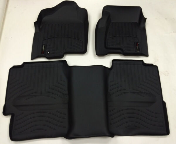 WeatherTech 99-06 Chevrolet Silverado Front and Rear Floorliners - Black