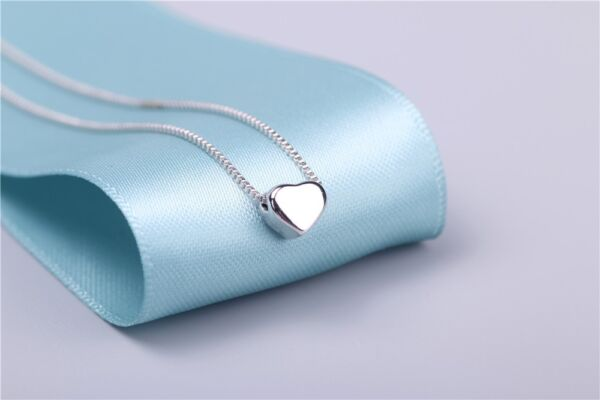 925 Sterling Silver Lovely Tiny Heart Charm Pendant Necklace 18