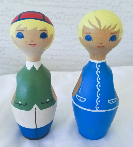 Vintage Swedish Pair of Napkin Holders Hand Painted Scandinavian Folk Art RARE!