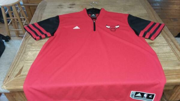 Chicago Bulls Adidas On-Court Authentic Shooting Warm-Up Shirt